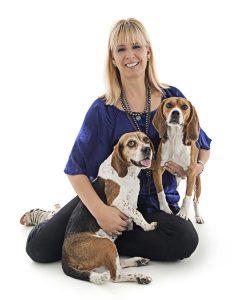 teresa rhyne with dogs